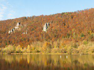 Der Badesee St. Agatha ist auch im Herbst einen Besuch wert.